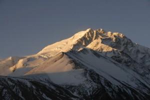 shisha-pangma-im-morgenlicht