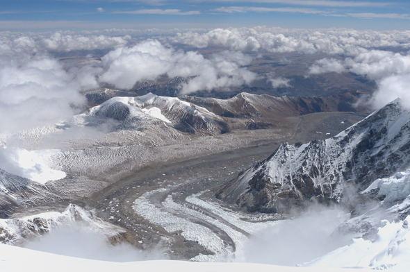 tiefblick-aus-7700-meter-hoehe-1181